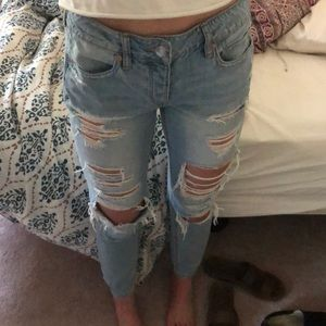 American eagle boyfriend ripped jeans size 4
